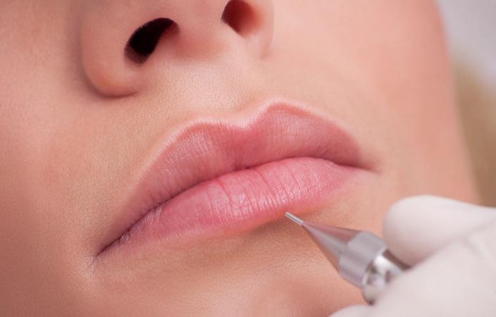 Permanent Make Up (PMU) – Microblading